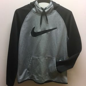 Black and gray Nike hoodie size m